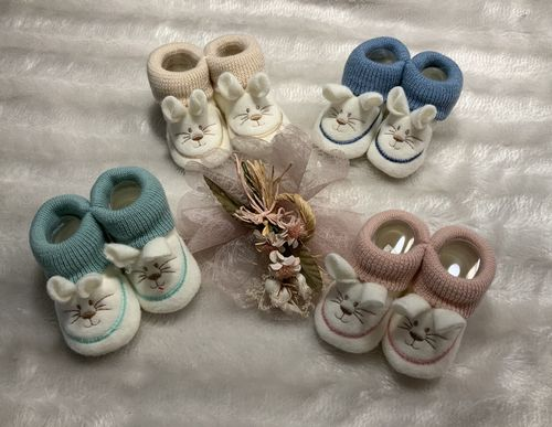 Baby shoes with rabbit ears
